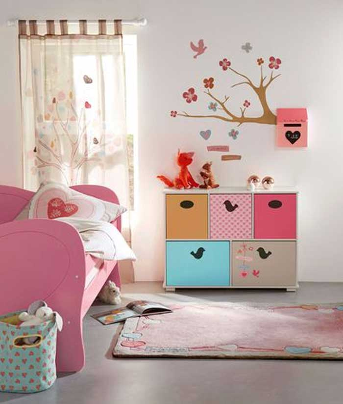 Tapisserie chambre fille leroy merlin for Deco ourson chambre bebe