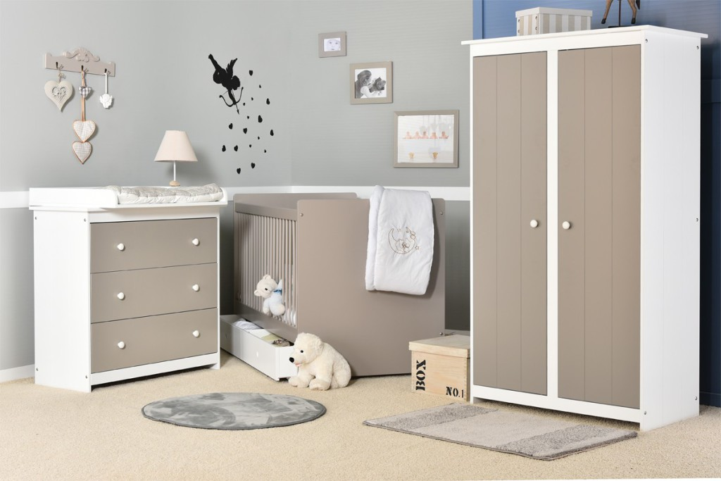 chambre bb gris et blanc dco chambre bb taupe gris et. Black Bedroom Furniture Sets. Home Design Ideas