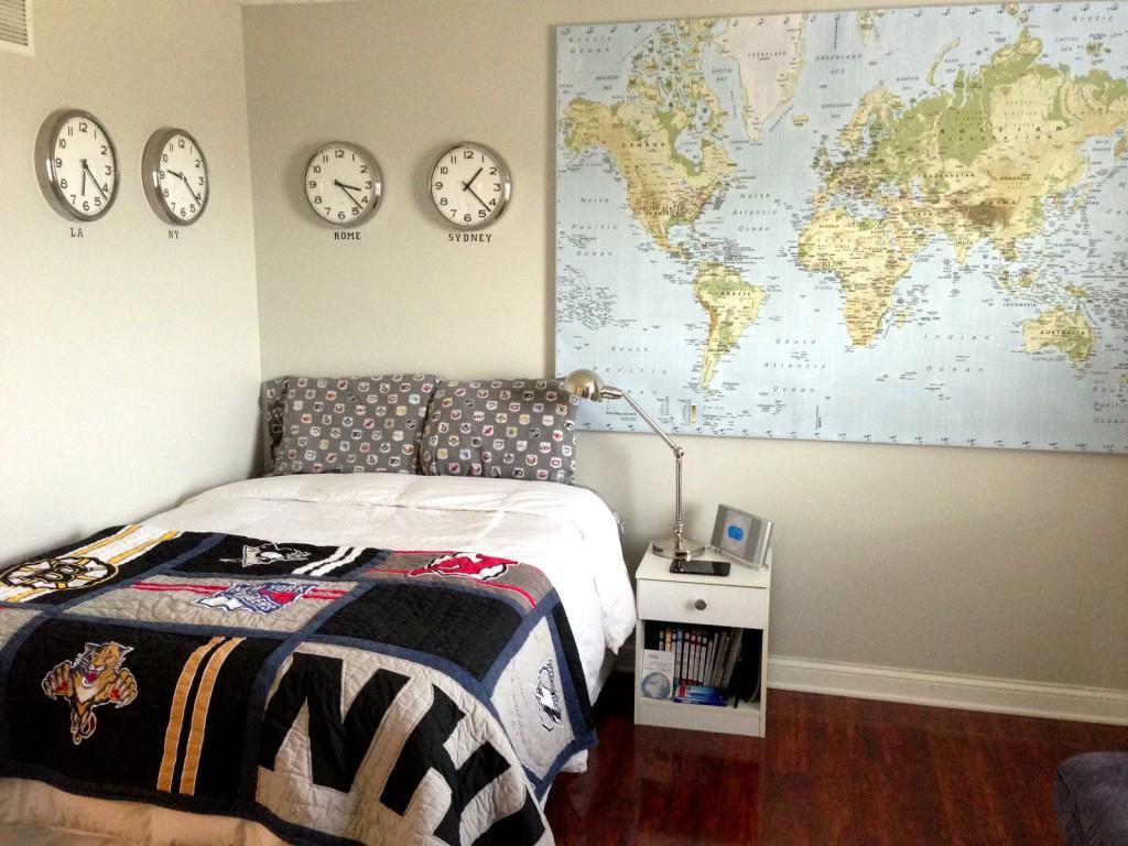 deco chambre bebe theme voyage visuel 9. Black Bedroom Furniture Sets. Home Design Ideas