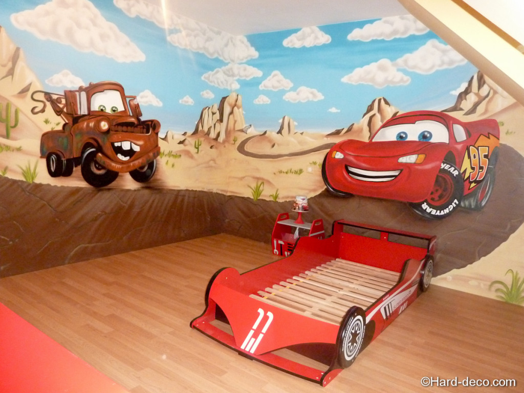deco chambre cars walt disney visuel 1. Black Bedroom Furniture Sets. Home Design Ideas