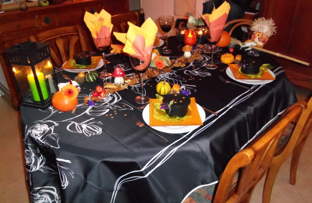Deco table halloween faire soi meme visuel 7 - Halloween decoration a faire soi meme ...