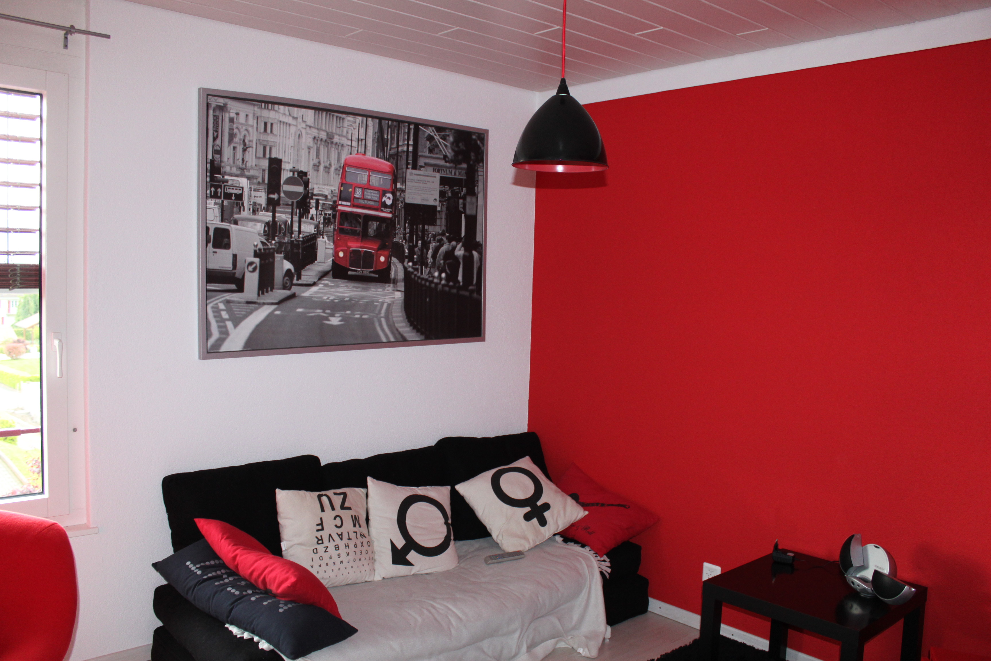deco chambre ado fille rouge et gris. Black Bedroom Furniture Sets. Home Design Ideas