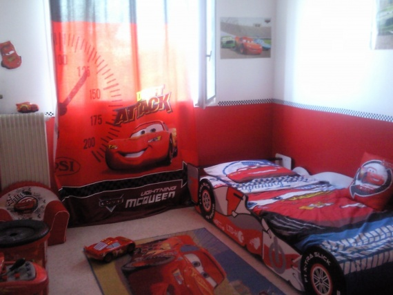 d co chambre garcon cars. Black Bedroom Furniture Sets. Home Design Ideas
