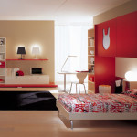 chambre rouge et beige