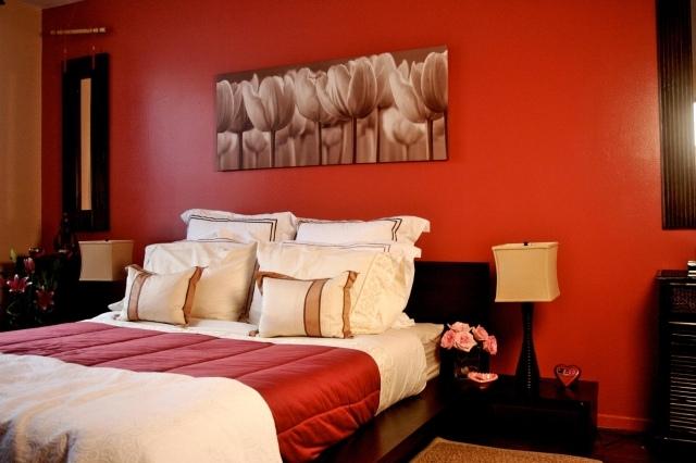 decoration chambre rouge et beige - visuel #8