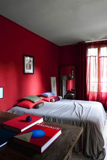 decoration de chambre a coucher rouge. Black Bedroom Furniture Sets. Home Design Ideas
