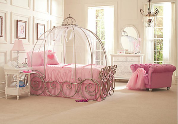 Decoration lit de princesse visuel 5 - Lit carrosse de princesse ...