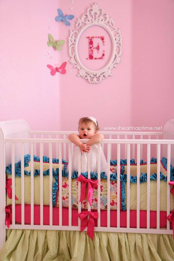 idee deco chambre bebe fille a faire soi meme visuel 2. Black Bedroom Furniture Sets. Home Design Ideas