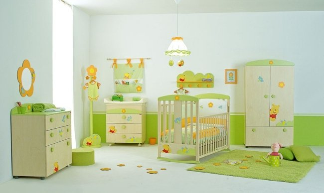 Idee deco chambre bebe winnie l ourson visuel 5 for Idee chambre bebe mansardee