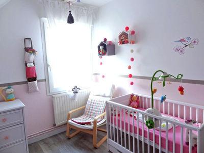 idee deco chambre fille rose et gris - visuel #5