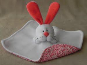 comment faire un doudou lapin en tissu