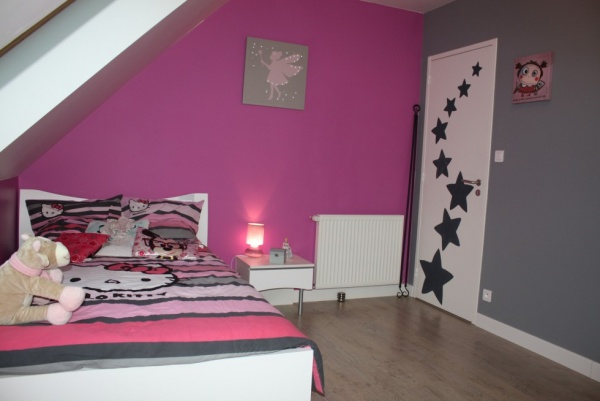 D co chambre fille fushia for Chambre ado noir et orange