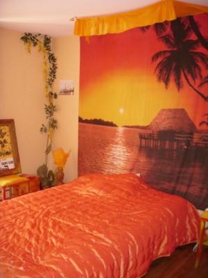 deco chambre orange marron visuel 2. Black Bedroom Furniture Sets. Home Design Ideas