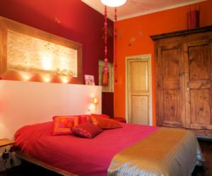 Bout 39 chambre - Chambre orange marron ...