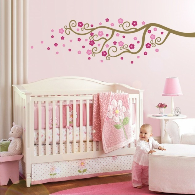 Decoration murale chambre petite fille avec for Photo decoration chambre bebe fille