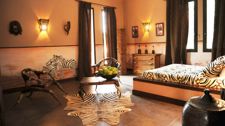 Stunning idee deco chambre style africain pictures for Meuble africain