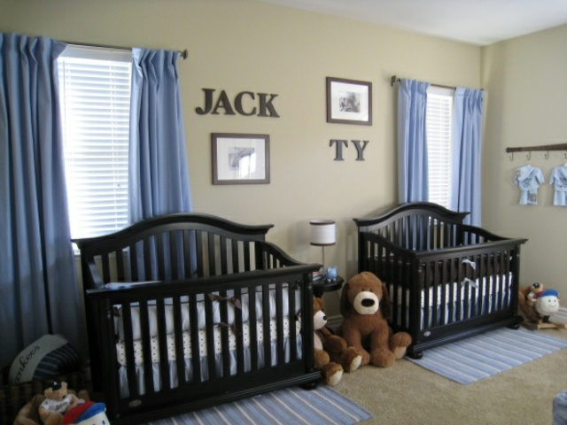 decoration chambre bebe jumeaux visuel 5. Black Bedroom Furniture Sets. Home Design Ideas