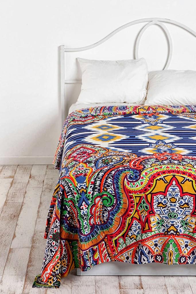 decoration couvre lit ethnique