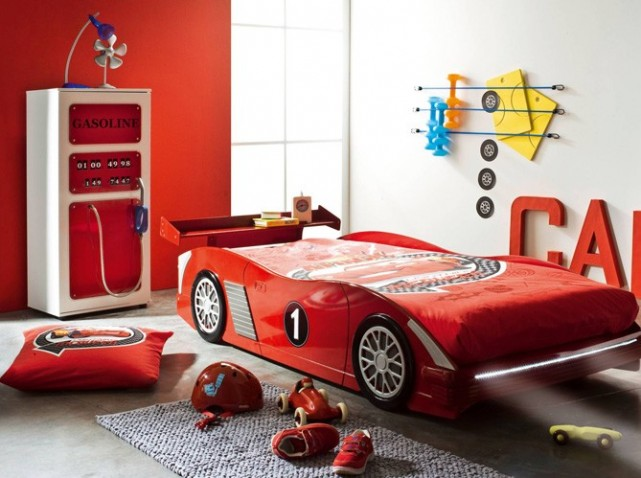 Awesome chambre garcon voiture 2 images design trends 2017