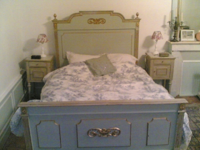chambre deco gustavienne visuel 5. Black Bedroom Furniture Sets. Home Design Ideas