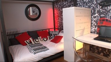 deco chambre ado papier peint. Black Bedroom Furniture Sets. Home Design Ideas