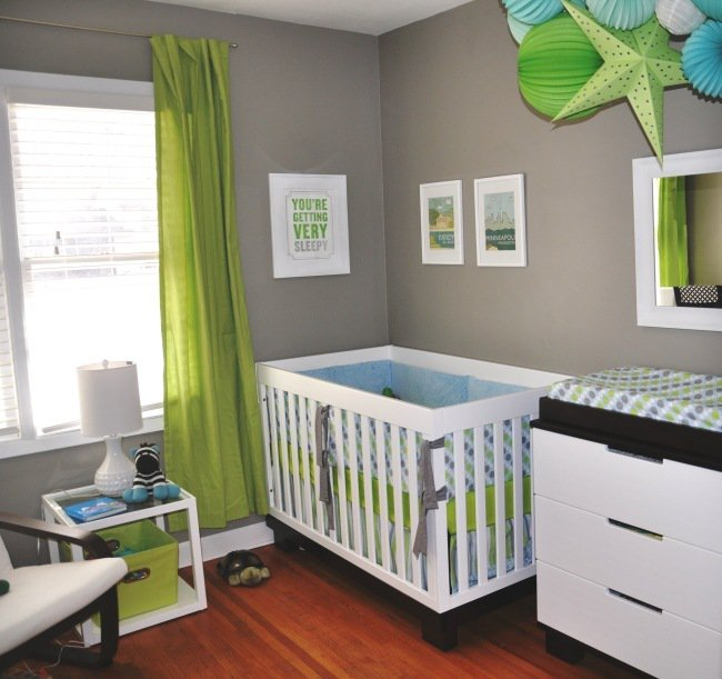 deco chambre bebe garcon bleu et vert visuel 1. Black Bedroom Furniture Sets. Home Design Ideas