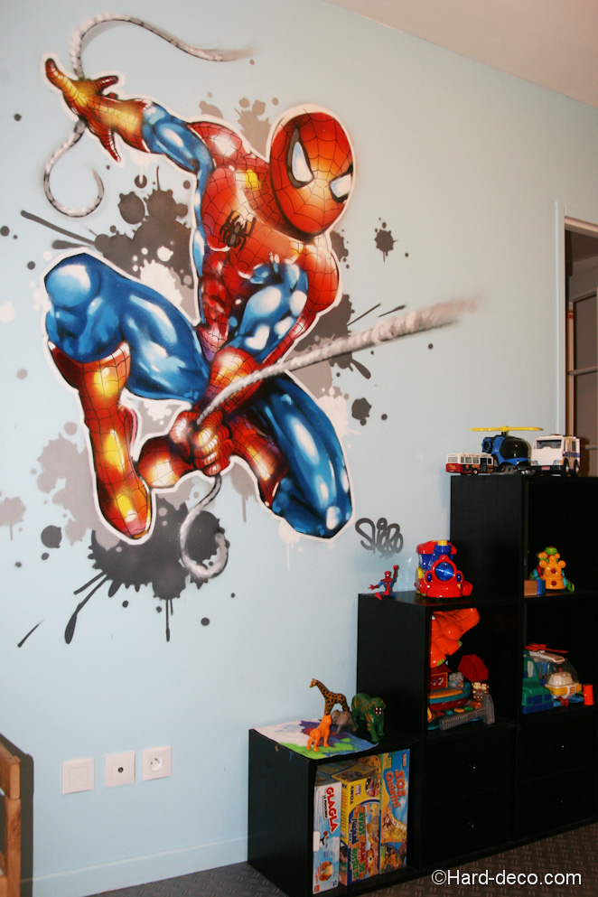 Deco chambre garcon spiderman for Decoration chambre spiderman