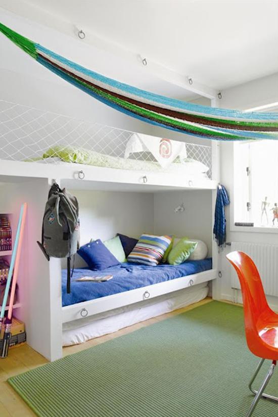 d coration chambre 2 lits. Black Bedroom Furniture Sets. Home Design Ideas
