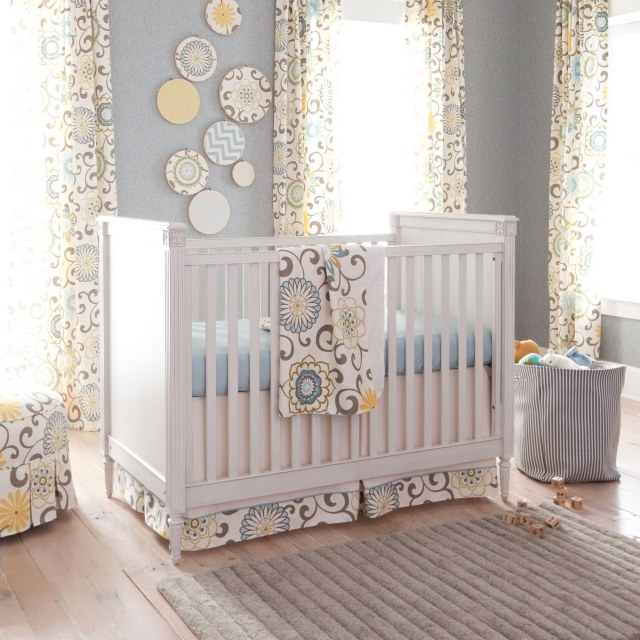 D co rideau chambre bebe for Decoration chambre bebe