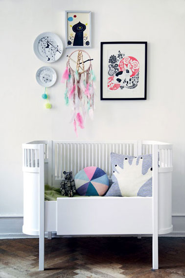 cadre chambre bebe fille maison design. Black Bedroom Furniture Sets. Home Design Ideas