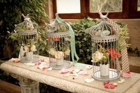 cage oiseau deco table visuel 3. Black Bedroom Furniture Sets. Home Design Ideas