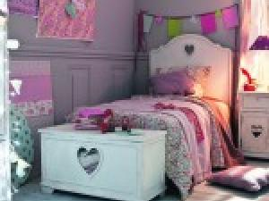 chambre deco fille 10 ans visuel 9. Black Bedroom Furniture Sets. Home Design Ideas