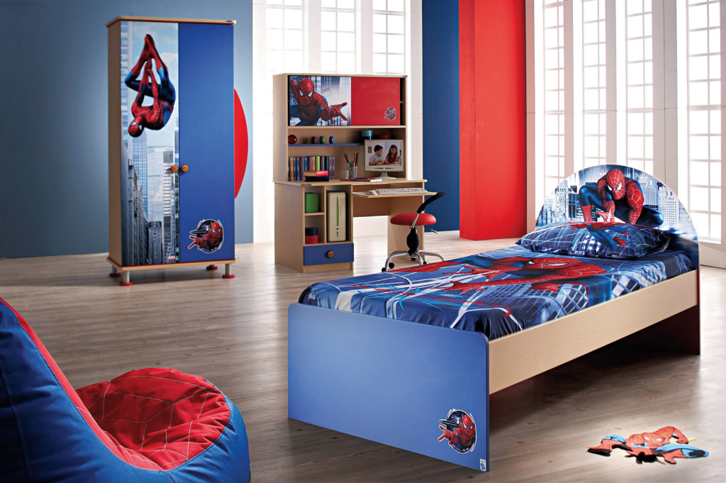 Chambre deco spiderman visuel 4 for Decoration chambre spiderman