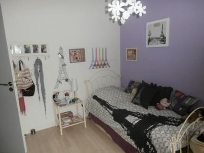 deco chambre fille theme paris visuel 6. Black Bedroom Furniture Sets. Home Design Ideas