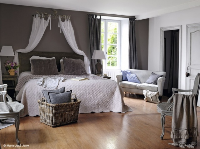 decoration chambre ciel de lit visuel 1. Black Bedroom Furniture Sets. Home Design Ideas