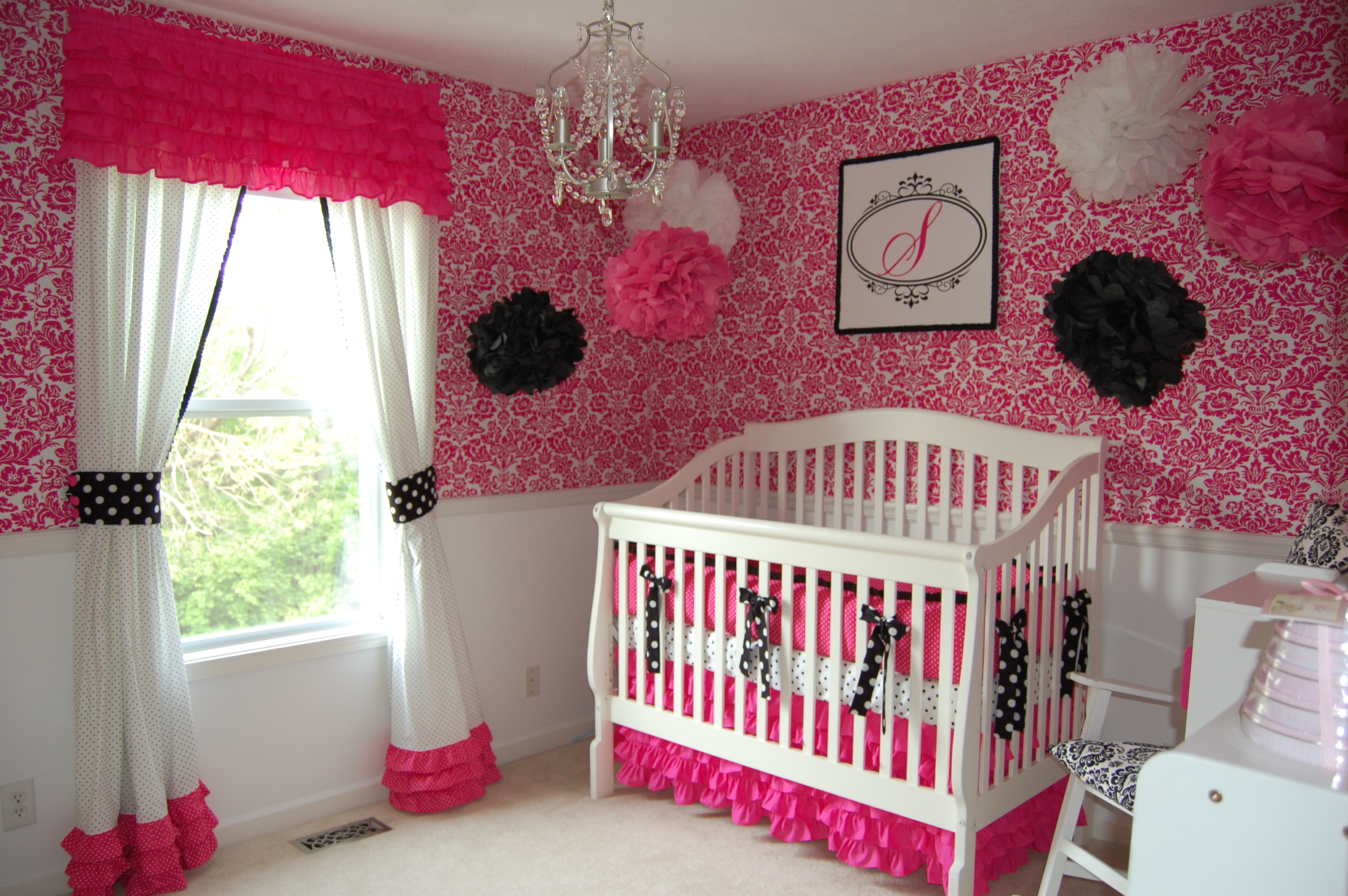 Decoration chambre petite fille for Photo decoration chambre bebe fille