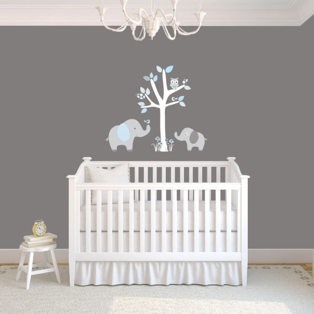 idee deco chambre bebe stickers. Black Bedroom Furniture Sets. Home Design Ideas