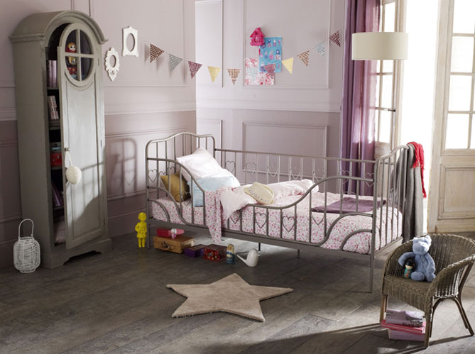 Beautiful Idee Deco Chambre Fille 2 Ans Photos - Amazing House ...