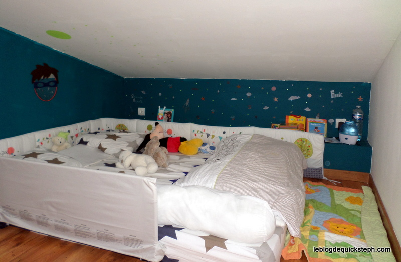 Amenagement chambre bebe montessori visuel 9 for Amenagement chambre 2 enfants