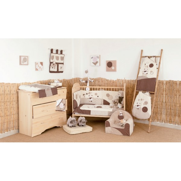 chambre bebe deco mouton visuel 4. Black Bedroom Furniture Sets. Home Design Ideas