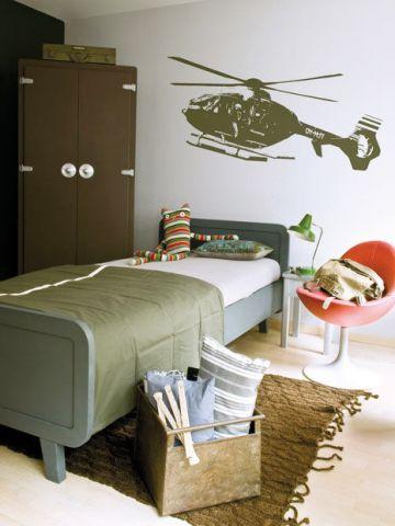 deco chambre ado militaire. Black Bedroom Furniture Sets. Home Design Ideas