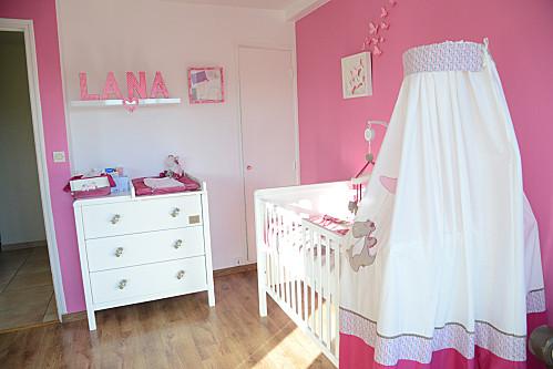 d co chambre victoria et lucie. Black Bedroom Furniture Sets. Home Design Ideas