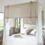 decoration chambre avec lit baldaquin