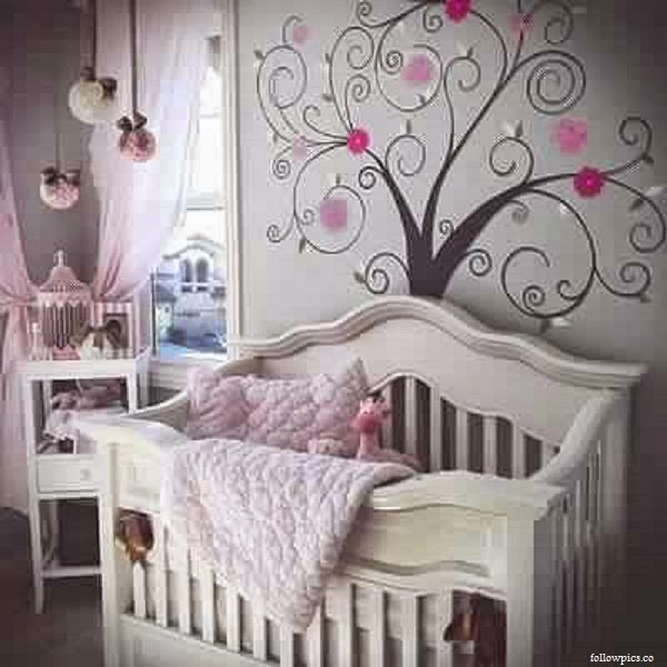Decoration chambre bebe gris rose visuel 5 for Decoration chambre de bebe fille