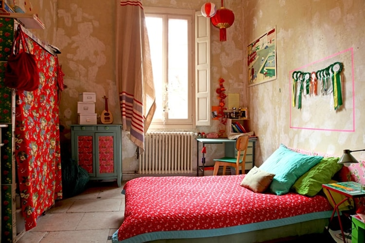 Decoration chambre coloree visuel 1 for Chambre enfant coloree