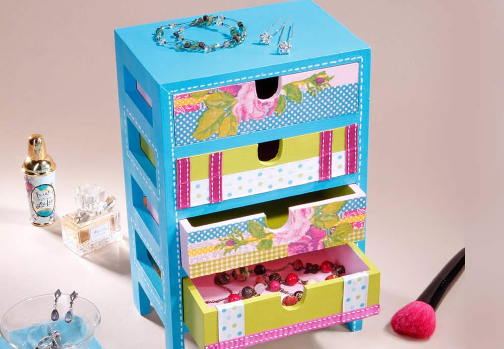 fabriquer une boite a bijoux pour petite fille visuel 4. Black Bedroom Furniture Sets. Home Design Ideas