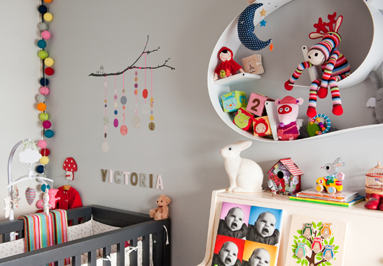 cadre photo chambre bb perfect cadre chambre cadre deco chambre adulte cadre chambre bebe fille. Black Bedroom Furniture Sets. Home Design Ideas