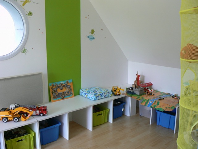 chambre d enfant ikea ikea rangement chambre chambre fille vert pistache chambre s ado fille. Black Bedroom Furniture Sets. Home Design Ideas