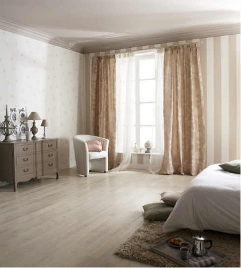 Chambre beige et blanche for Chambre a coucher couleur taupe