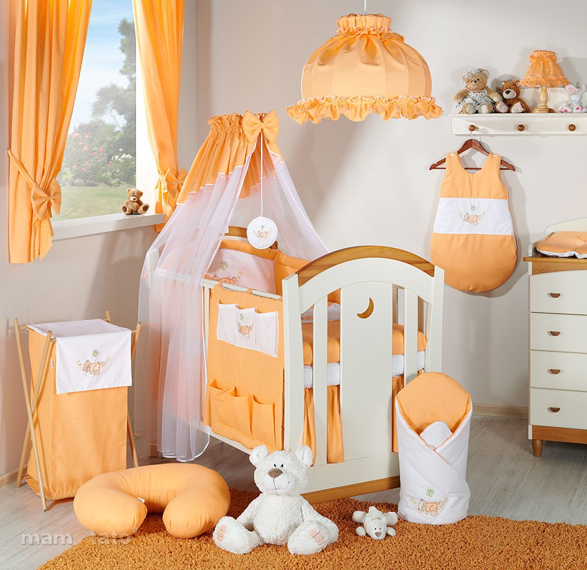 deco chambre bebe orange visuel 8. Black Bedroom Furniture Sets. Home Design Ideas
